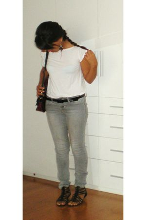 black Soda shoes - silver zanadi jeans - white t-shirt - black belt - red calvin