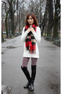 Black-stuart-weitzman-boots-crimson-uniqlo-leggings-red-burberry-scarf