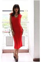 red Mood & Closet dress - black Guess pumps - gold Mood & Closet bracelet