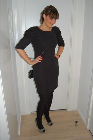 black Primark dress - black H&M tights - gray Zara shoes - black Dixie accessori
