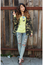 Lush jacket - Guess jeans - Olive & Oak sweater - Steve Madden sandals