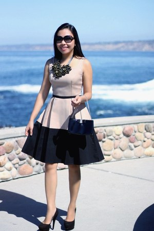 StyleAt30 necklace - eShakti dress - Salvatore Ferragamo purse