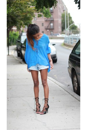Levis shorts - Zara top - Shoedazzle heels
