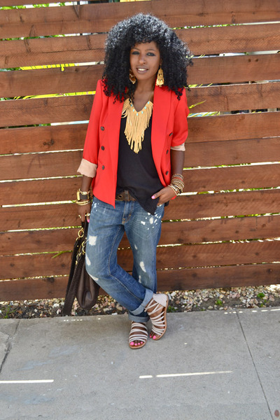 blue boyfriend jeans - red Zara blazer - black linen top - beige strappy flats