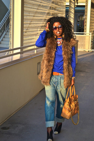 tawny Zara vest - blue mens jeans - blue mens sweater - bronze Marc Jacobs bag