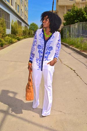 sky blue Scarf print shirt - white J Brand jeans - chartreuse romwe cape