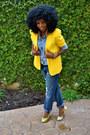 Yellow-vintage-blazer-blue-denim-shirt