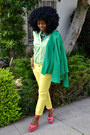 Green-double-breasted-blazer-chartreuse-sheer-shirt-yellow-pegged-pants-ru