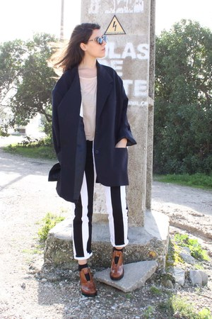 ivory acne pants - navy Maison Margiela for H&M blazer - black Super sunglasses