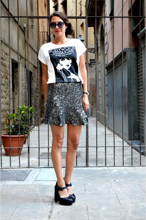 silver embellished Zara skirt - black cat eye vintage glasses