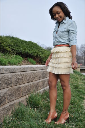 Gap shirt - Urban Outfitters skirt - The Levis Store belt - Gap belt - Pour La V