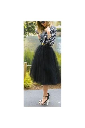 black black skirt unknown skirt