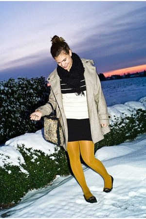H&M coat - Zara tights - vintage bag - Urban Outfitters loafers - golden stripes