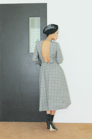 black boots Stylenanda boots - heather gray back-less Stylenanda dress