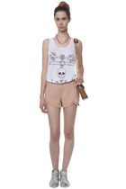 light pink Sed Etiam shorts - light blue Styligion shoes - cream Hibou bag