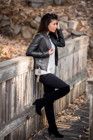 black suede Dolce Vita boots - white wool Loft sweater