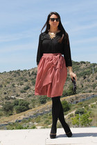 black natura purse - salmon Mango skirt - black Sugar Lane pumps