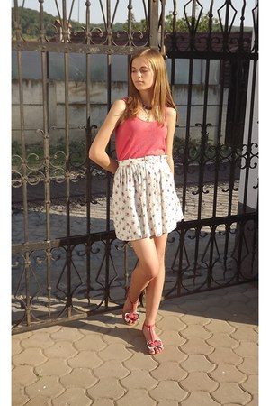 honey skirt - pink sweet Mei sandals - pink basic top - black Ebiju necklace