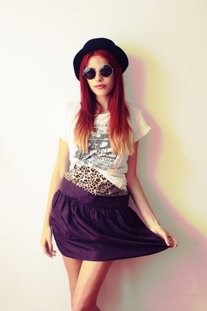 silk Gap skirt - Tally Weijl hat - Secondhand t-shirt - H&M glasses