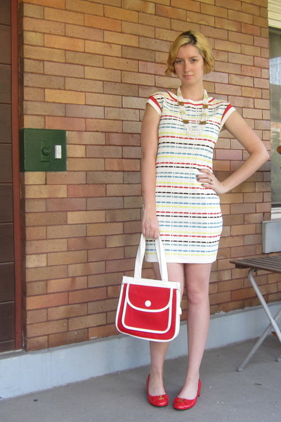 Plastic Island dress - ModClothcom shoes - vintage purse - ModClothcom necklace