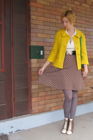 jacket - blouse - skirt - shoes - belt