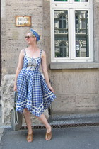 Eucalyptus dress - vintage scarf - ModClothcom sunglasses - Worishofer sandals