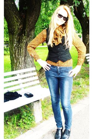 blue Vila jeans - orange unknown brand blouse - black lindex vest - black walkin