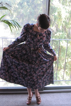 navy vintage dress Laura Ashley dress - dark brown unknown brand belt