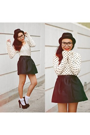 white polkadots gift top - black leather thrifted skirt