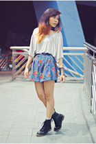 black boots gift boots - sky blue floral Gap shorts
