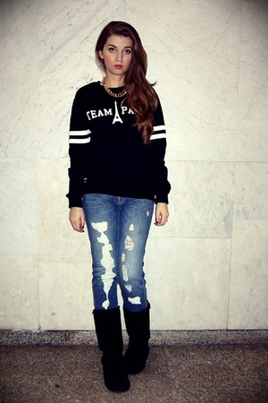 black Emu shoes - pull&amp;bear jeans - black Misbhv sweatshirt - gold H&amp;M necklace