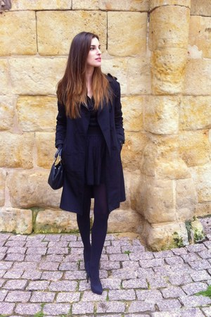 Zara shoes - Zara coat - Zara shirt - Renato Angi Venezia bag - BLANCO skirt