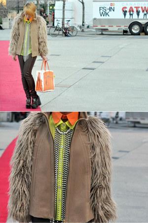 tan Zara coat