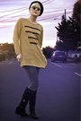 Gold-tractordog-sweater-gray-jeans-black-vintage-hat-black-thrifted-suede-