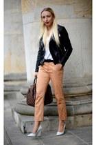 dark brown Louis Vuitton bag - white Zara wedges
