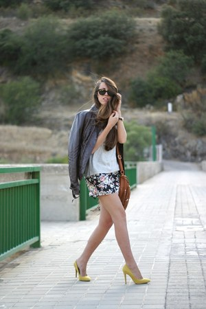 Stradivarius jacket - Stradivarius bag - blackfive shorts - Zara heels