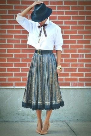 DKNY heels - Da Me hat - thrifted shirt - vintage skirt