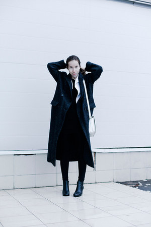 black H&M shoes - dark gray from Korea coat - white vintage blazer