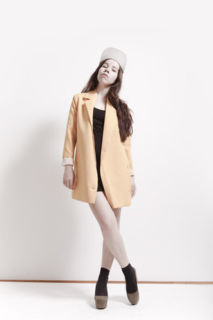 from Korea blazer - basic cotton Oggi dress - H&M wedges