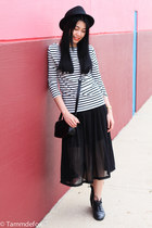 Black and stripe