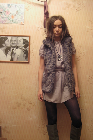 gray Adilisik dress - gray Zara boots - gray Bershka vest
