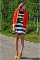 carrot orange MNG jacket - navy striped H&M dress - mustard suede Aldo heels