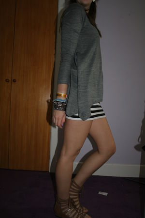 gray H&M jumper - black H&M skirt - brown Henry Holland shoes - gold Primark acc