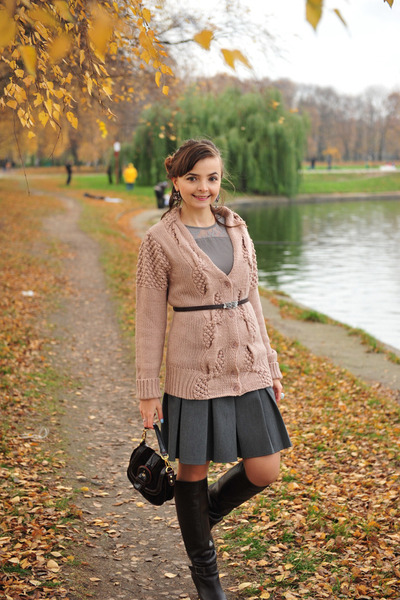nude Glance cardigan - dark brown Froggy bag - silver Glance top
