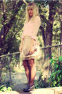 Pink-urban-outfitters-top-beige-forever-21-shirt-black-forever-21-tights-s