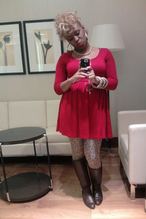vintage boots - Forever 21 dress - H&M tights - thrifted necklace