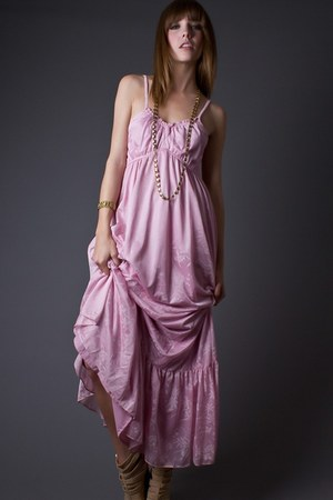light pink telltale hearts vintage dress