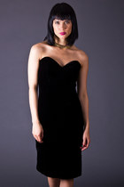 Vintage Strapless Cocktail Dress in Black Velvet