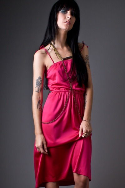 hot pink hot pink disco telltale hearts vintage dress