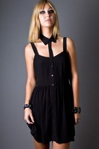 Black-cut-out-collar-something-else-dress